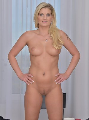 Free Moms Perfect Body Porn Pictures