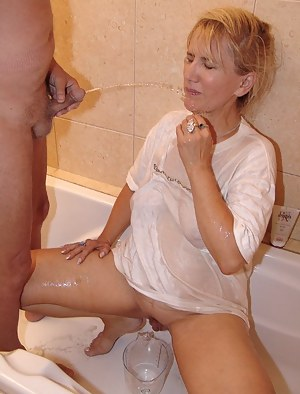 Free Moms Fetish Porn Pictures